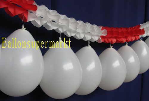 Rot-weisse Luftballongirlande